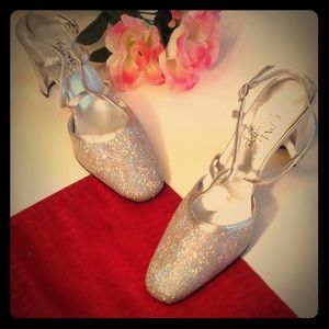 Vintage The PM Collection by 9.2.5 Glitter Heels